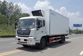 天锦6.8/7.4米冷藏车