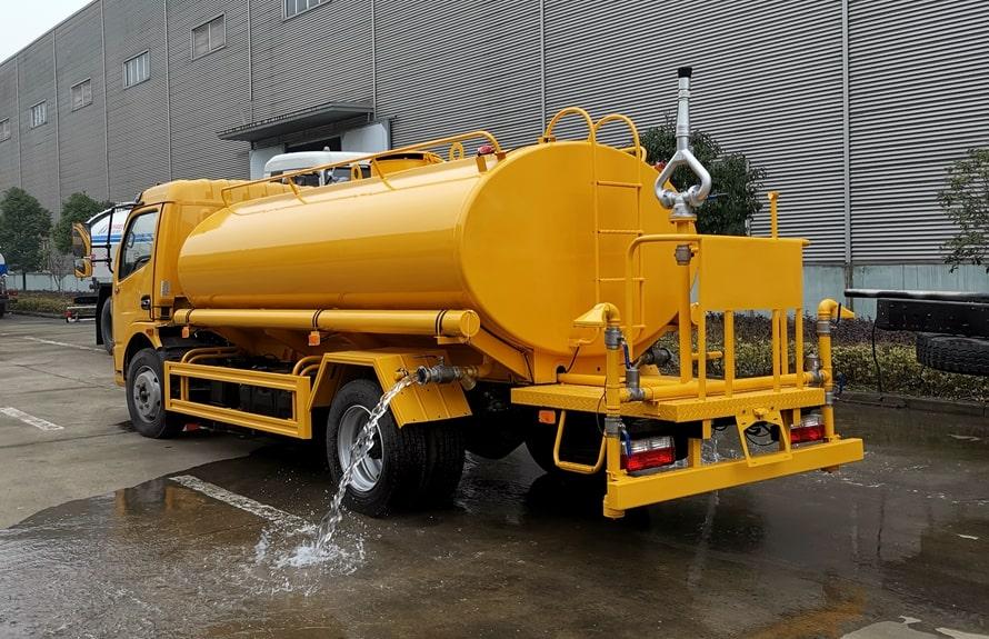 东风凯普特9吨洒水车整车图片C