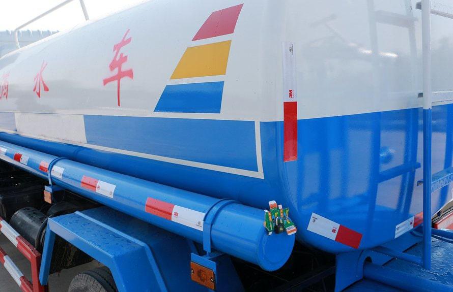 东风凯普特9吨洒水车上装图片C