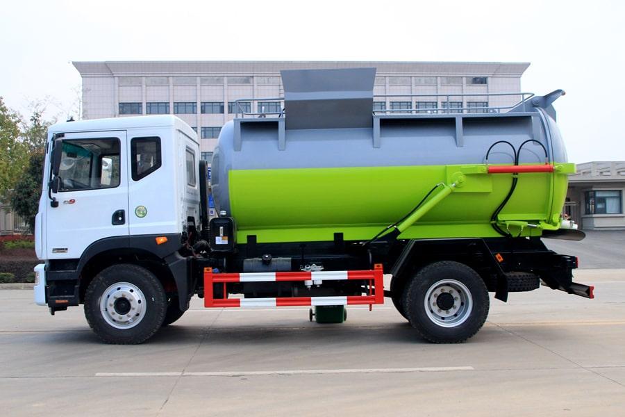 东风D9餐厨式垃圾车(车头向左45度)