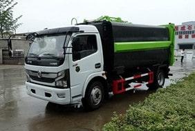 国六东风7方自装卸式垃圾车