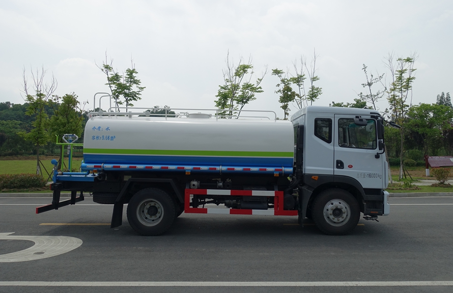 东风D9 12吨洒水车整车图片B