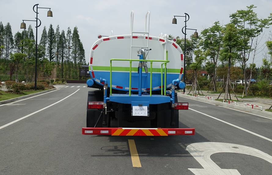 东风D9 12吨洒水车整车图片F