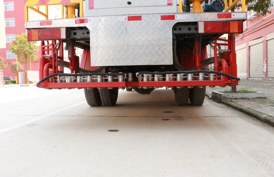 金王子12吨沥青洒布车喷头图片