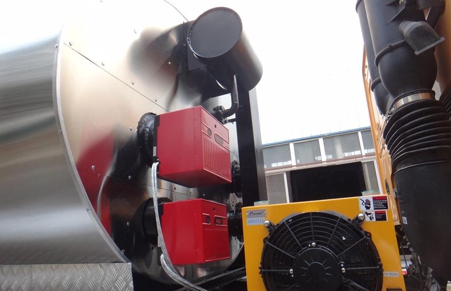 重汽16吨沥青洒布车燃烧器图片
