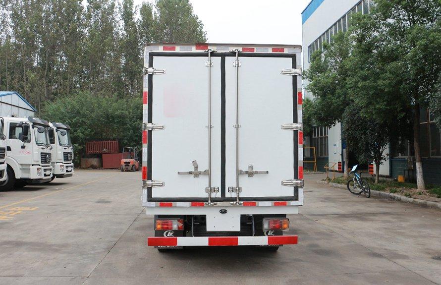 五十铃4.2米冷藏车正后图片