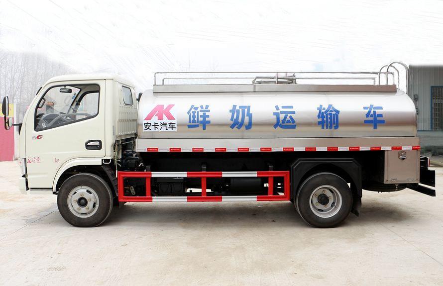 东风多利卡鲜奶运输车正侧图片