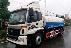 福田12吨公路洒水车