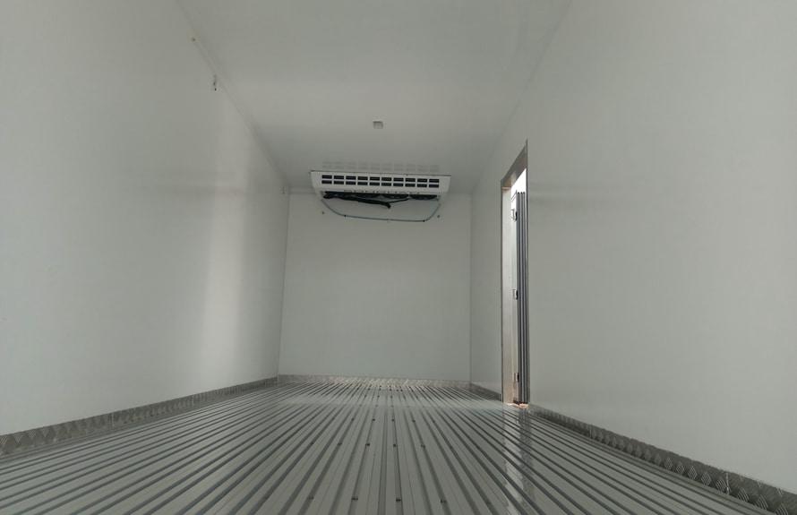 江淮帅铃6.8/7.5米冷藏车厢体图片