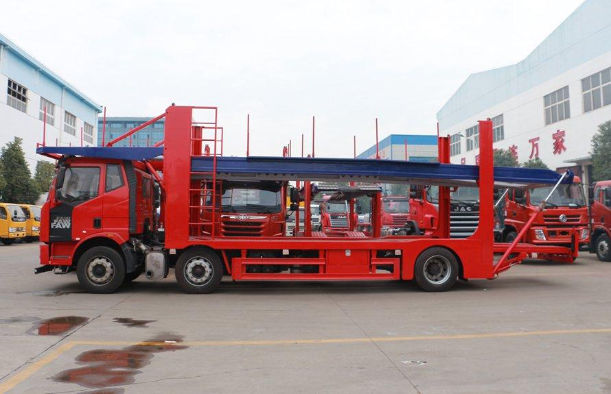 解放J6小三轴五位中轴轿运车辆运输车正侧