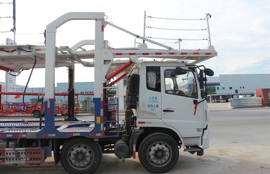 东风天锦9位轿运车辆运输车车头液压缸