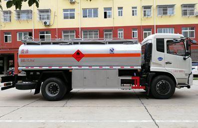 东风天锦15吨油罐车右正侧图片