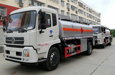 东风天锦15吨油罐车左侧图片