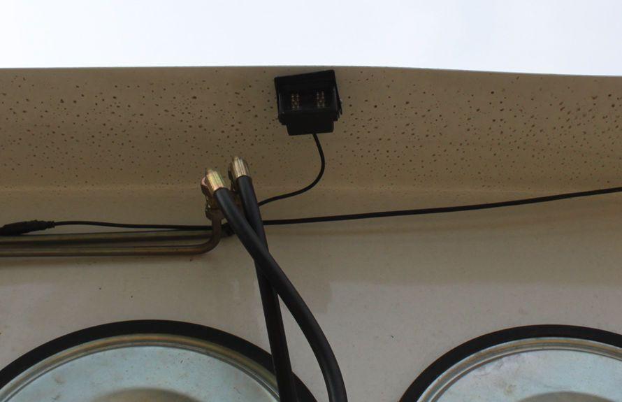 东风天锦吸尘车尾部摄像头监控系统