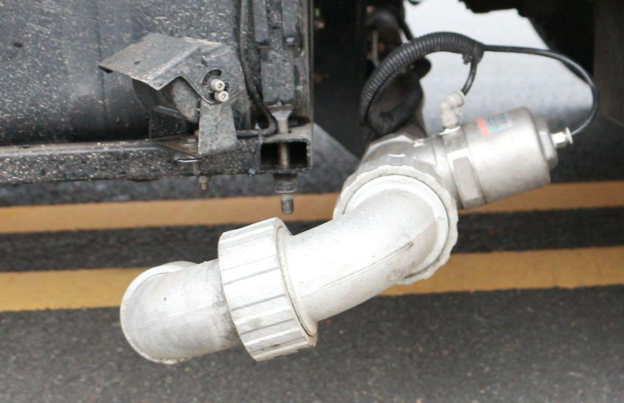 多利卡洗扫车低压前冲(气动控制)
