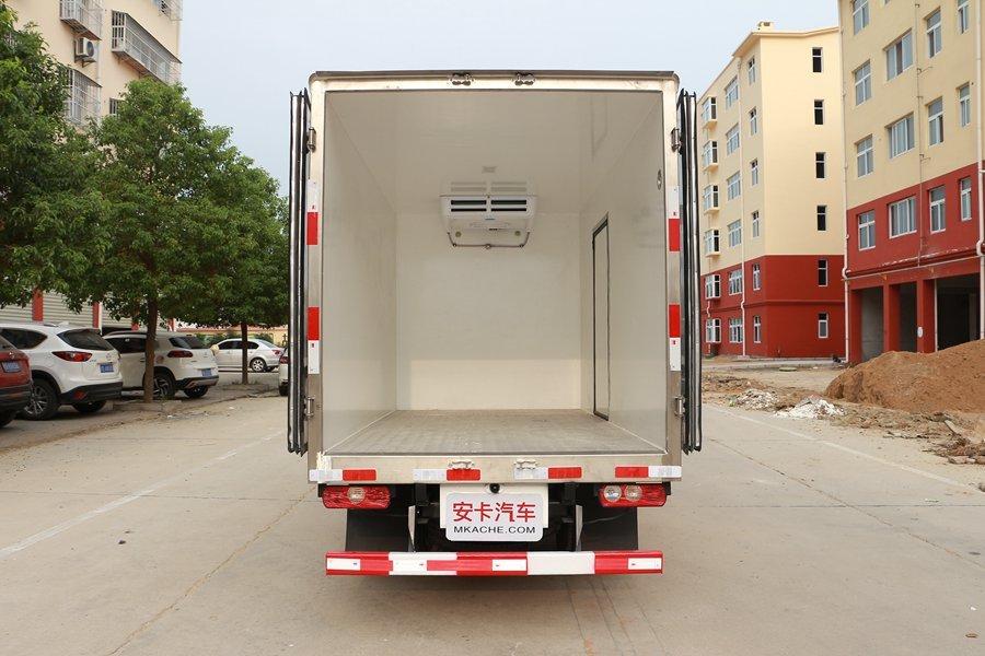 跃进小福星3.2米小型冷藏车厢体图片