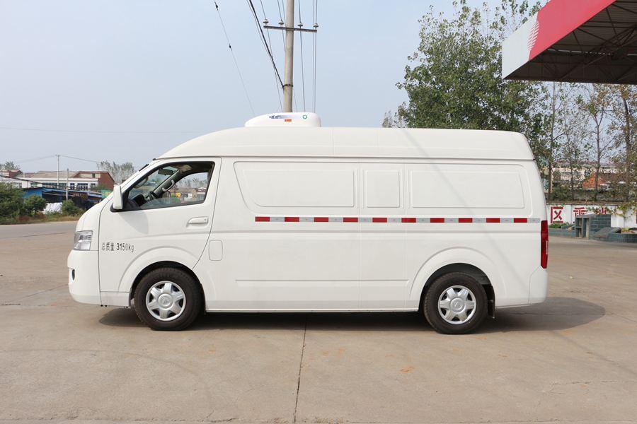 福田G7冷藏车正侧图片