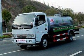 东风新款5吨洒水车