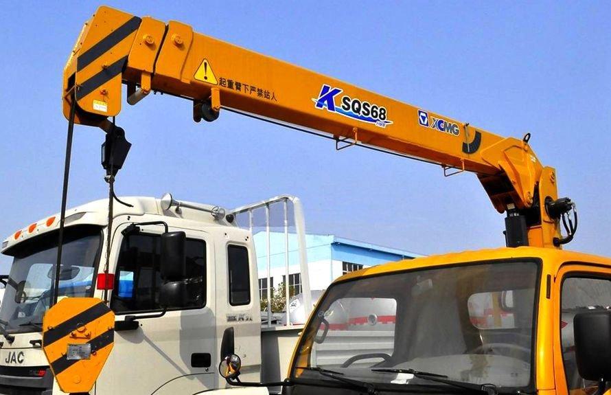 唐骏3吨小型随车吊直臂吊机图片