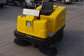 微型电动扫路车