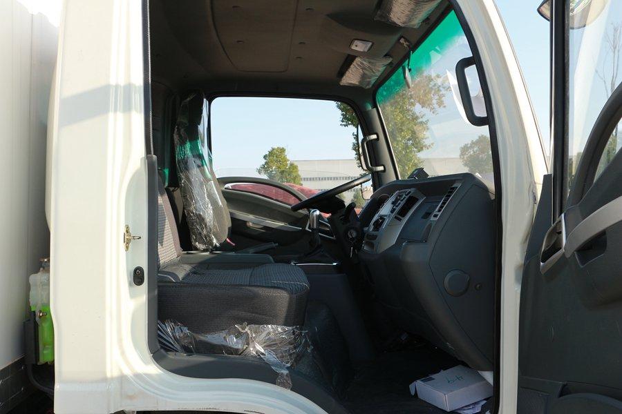 大运4.2米纯电动冷藏车副驾驶图片