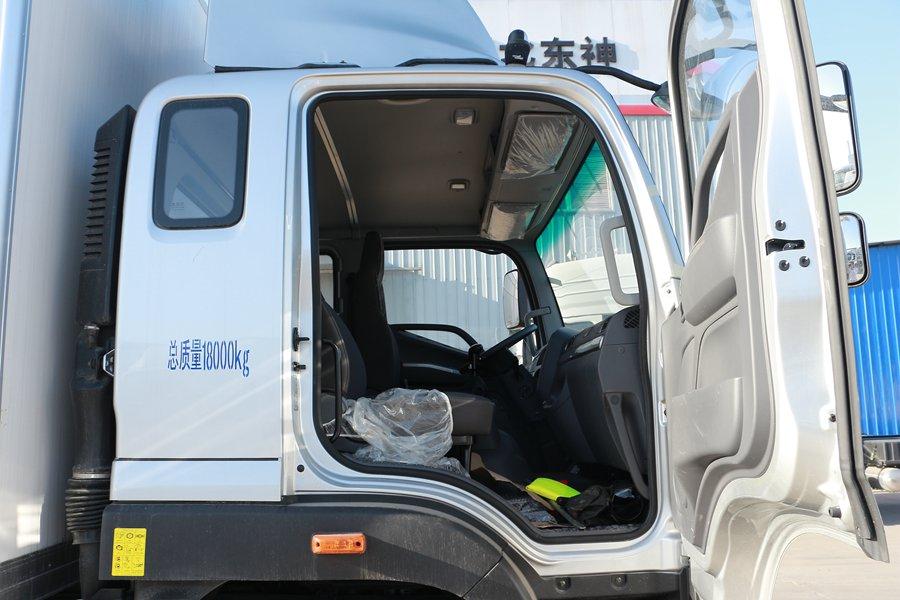 福田欧马可S5冷藏车副驾驶室图片