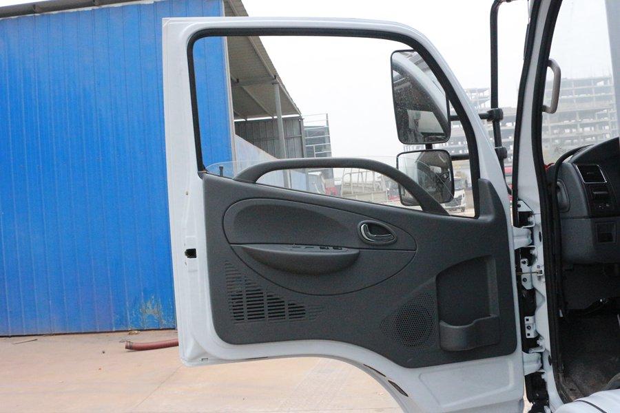 东风凯普特4.2米冷藏车电动门窗图片