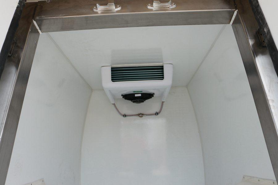 福田伽途ix5面包冷藏车蒸发器图片