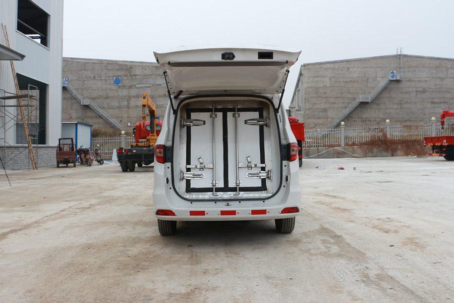福田伽途ix5面包冷藏车后门图片