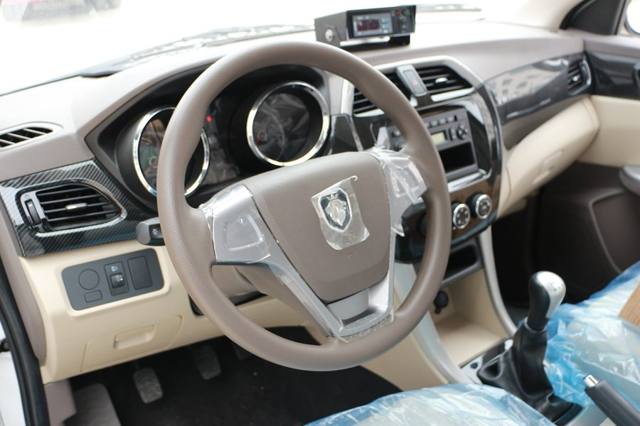 福田伽途ix5面包冷藏车方向盘图片