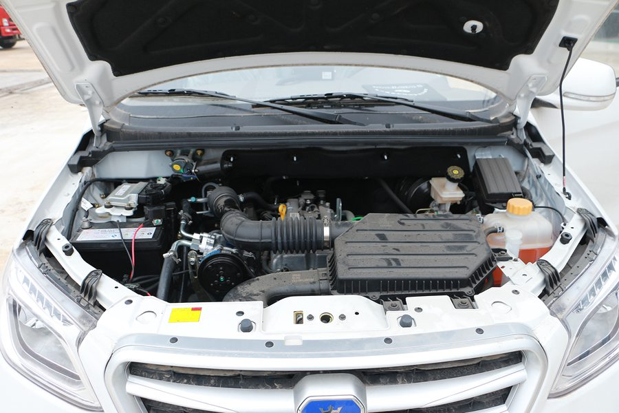 福田伽途ix5面包冷藏车发动机图片