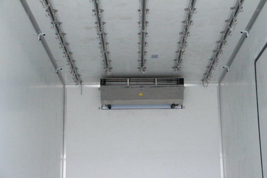 东风天龙9.6米冷藏车独立机组蒸发器图片