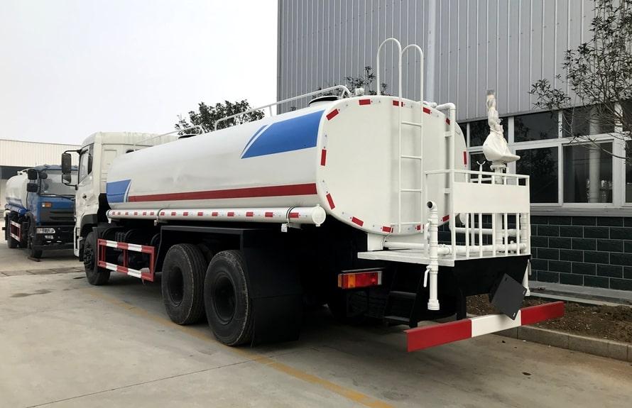 东风天龙20吨洒水车整车图片C